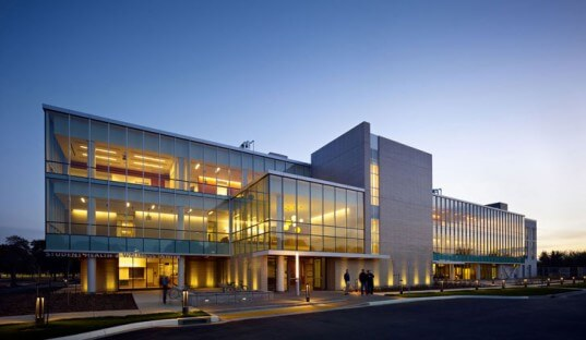 ucdavis-wellness-center-01-537x312