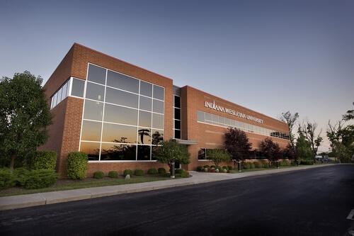 Indiana Wesleyan University - Online MSN Nurse Leadership